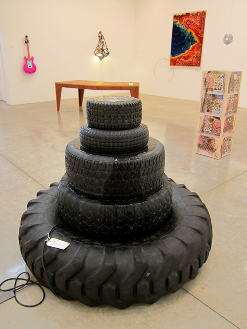 Rob Pruitt_Fountain_2008 (tires).jpg
