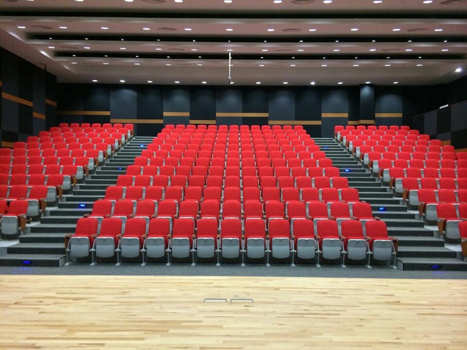 FAIRFIELD METHODIST SCHOOL, SINGAPORE   QUATTRO COLLECTION WITH DESIGNER SERIES
