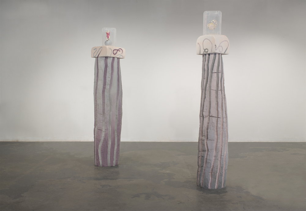 Modern Aphrodite and Magic lump cairn/ Ombre Columns, installation view