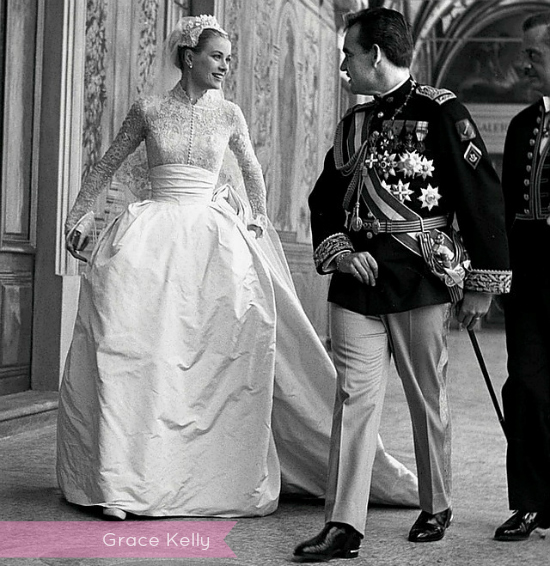 grace-kelly-wedding-dress-title.jpg