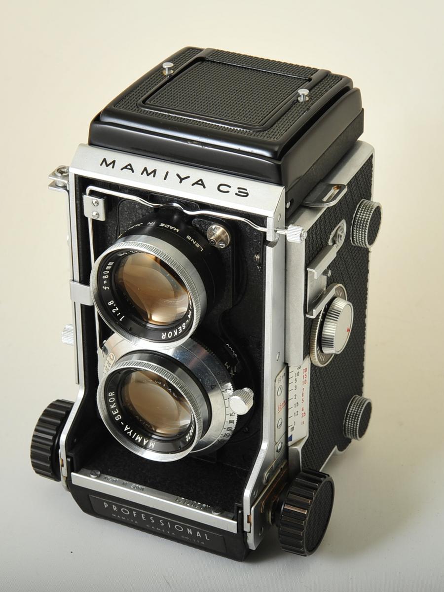 Mamiya C3 with 80mm f/2.8 lens