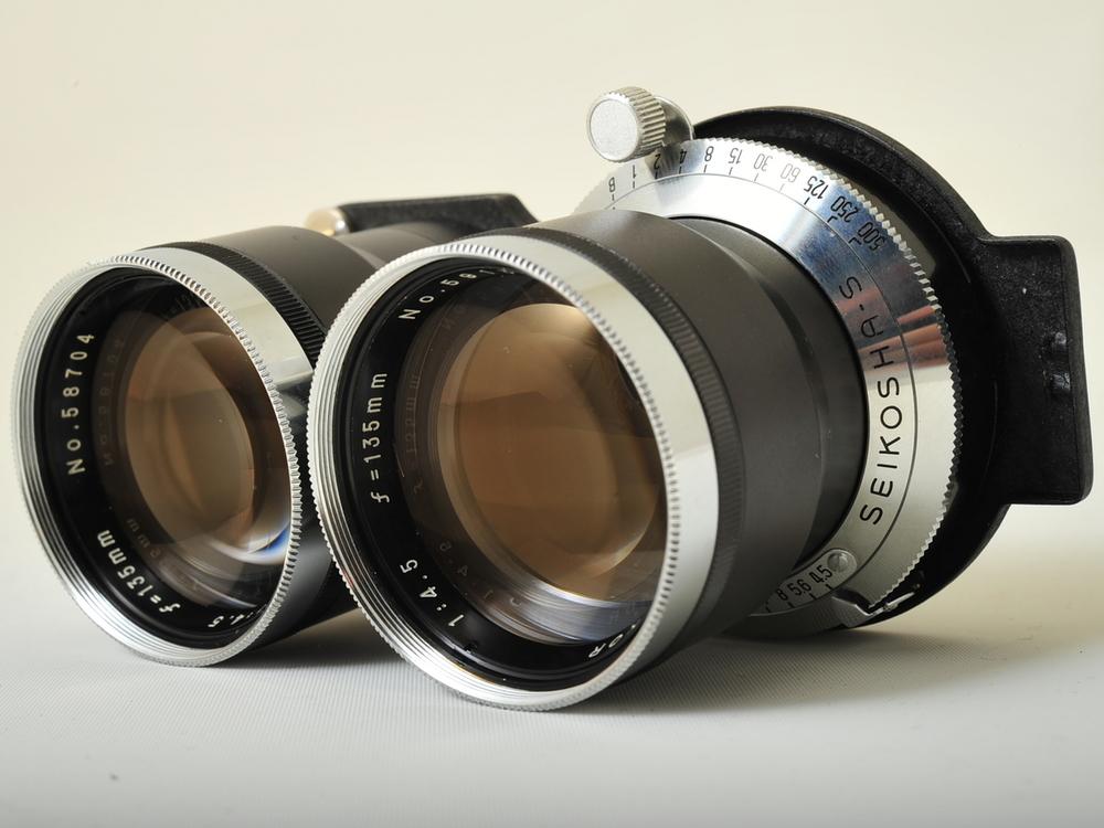 135 mm f/4.5 telephoto lens