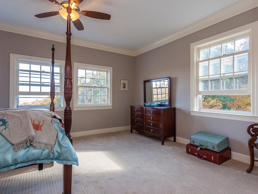 bedroom2_sm.jpg