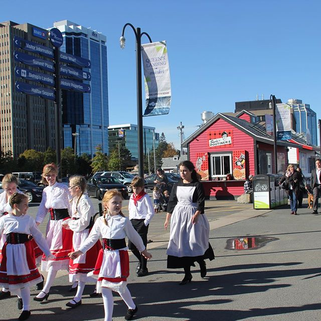 #SoundofMusicHFX is here! It's not too late for you to get your tickets. bit.do/BATtix @My_Waterfront