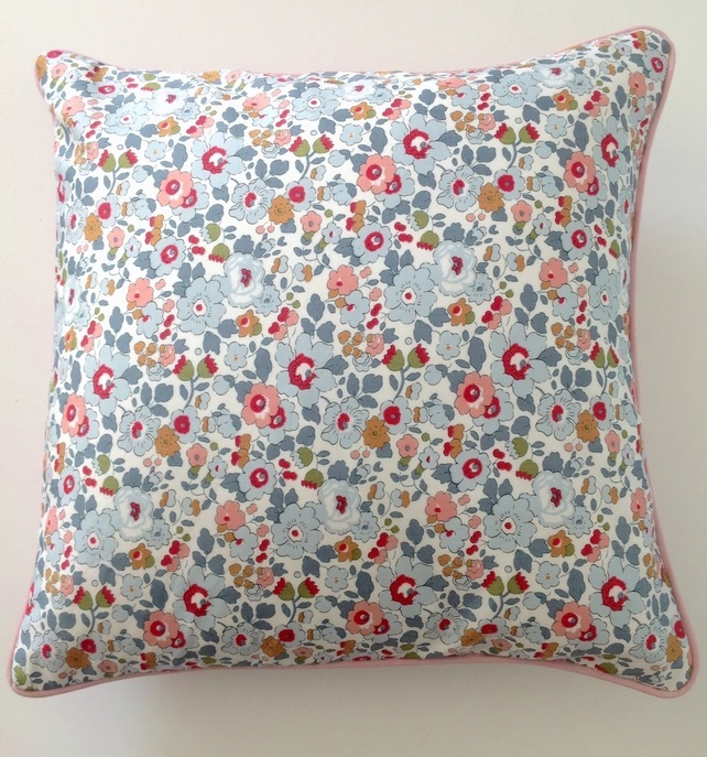 Liberty Betsy Cushion