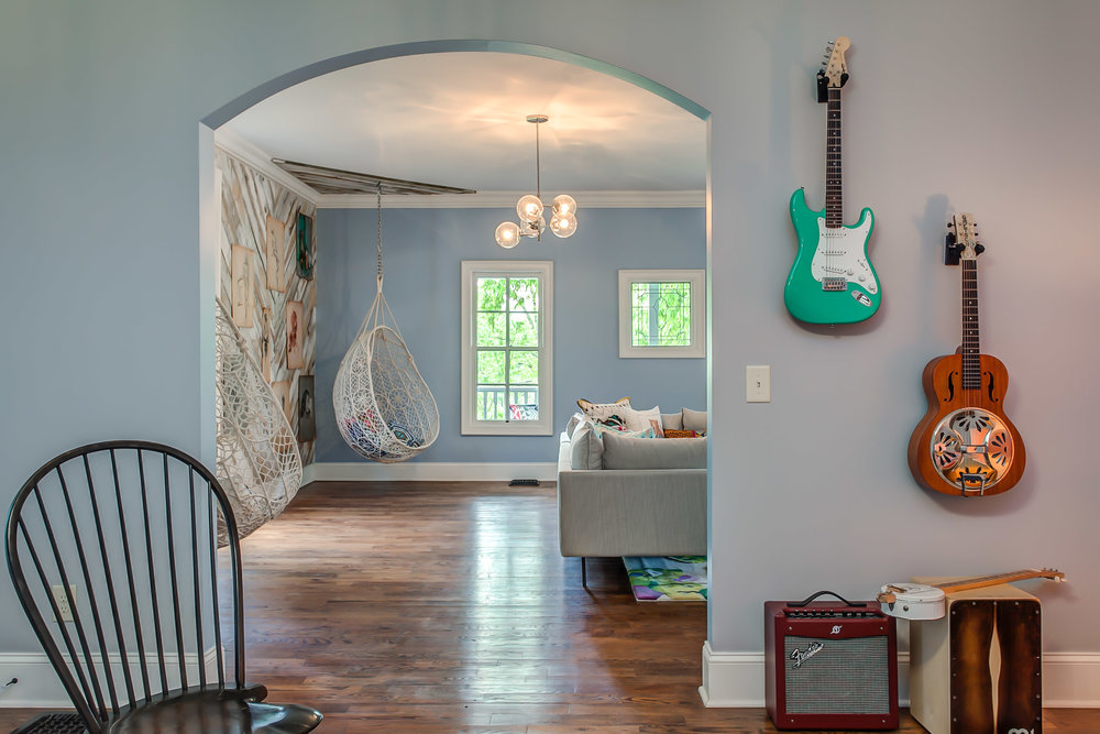 Strum a few chords on the vintage guitars at the Leiper's Fork Inn | Pot N' Kettle Cottages