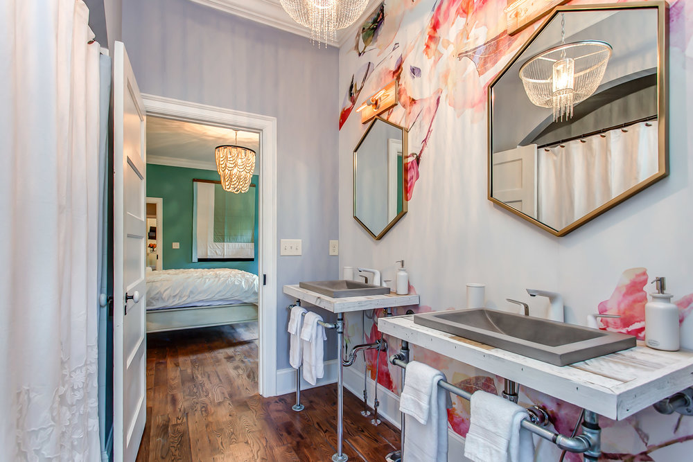Master bathroom at the Leiper's Fork Inn | Pot N' Kettle Cottages