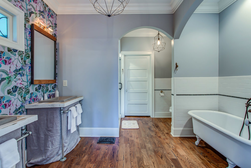Soak your cares away in the vintage claw foot tub at the Leiper's Fork Inn | Pot N' Kettle Cottages