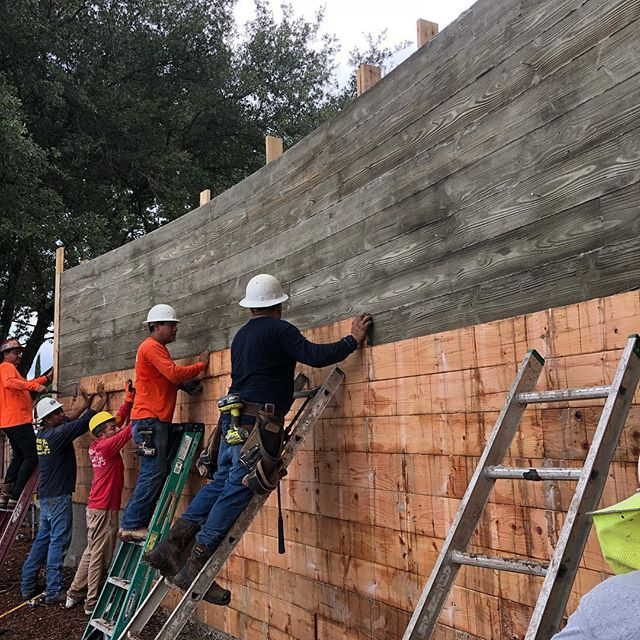 Form removal at our Lake Austin Project #laruearchitects #brianlongcustomhomes #boardformedconcrete