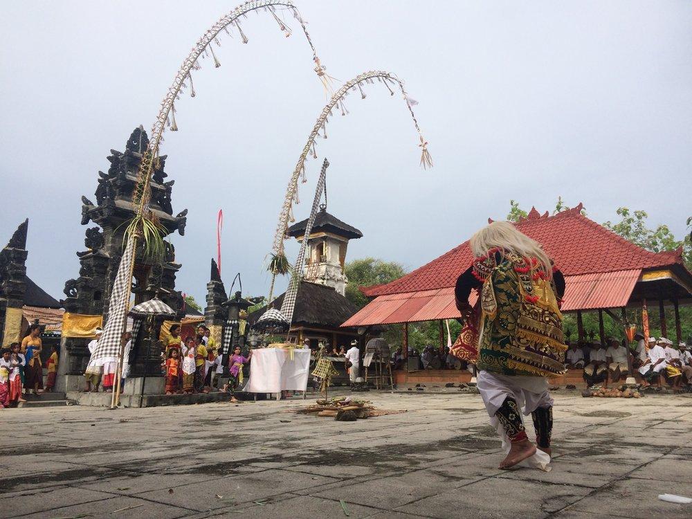 Balinese Hinduism, Nusa Penida.