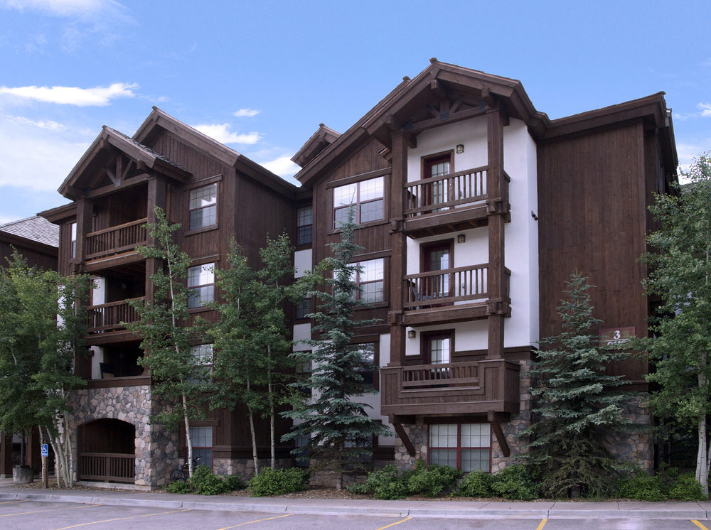 LOCATION:    BEAVER CREEK, CO     CLIENT:    VAIL RESORTS/CORUM REAL ESATE GROUP     SIZE:    70 UNITS     BUILDING TYPE:    WOOD FRAME     CONSTRUCTION:    4-STORY