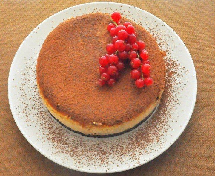 bonapetittcom :         Brownie-cheesecake