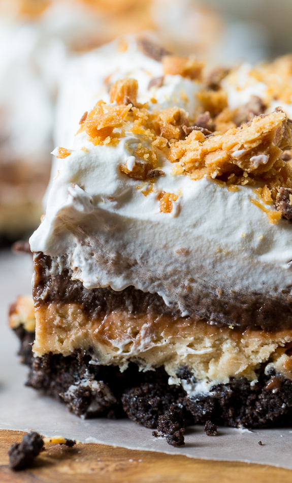 nom-food :        Butterfinger chocolate and peanut butter lush