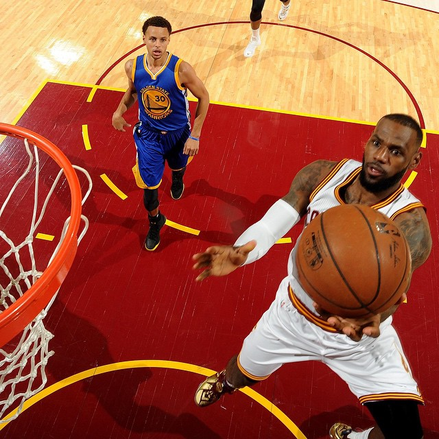 fuckyeahlbj :        @nba  :  @kingjames  leads the  @cavs  with 15p, 8r & 3a at the half on ABC. #NBAFinals