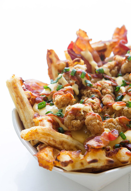 yumi-food :      Chicken and Waffles Nachos