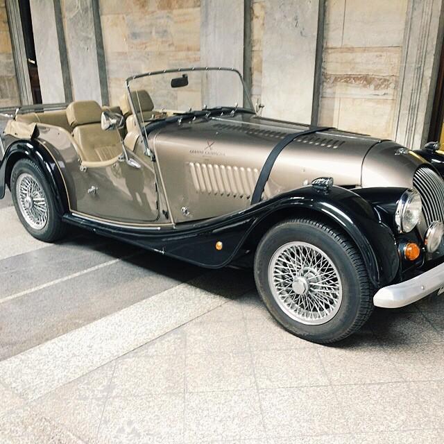 carsonstreet :     Vintage Morgan in Milano.