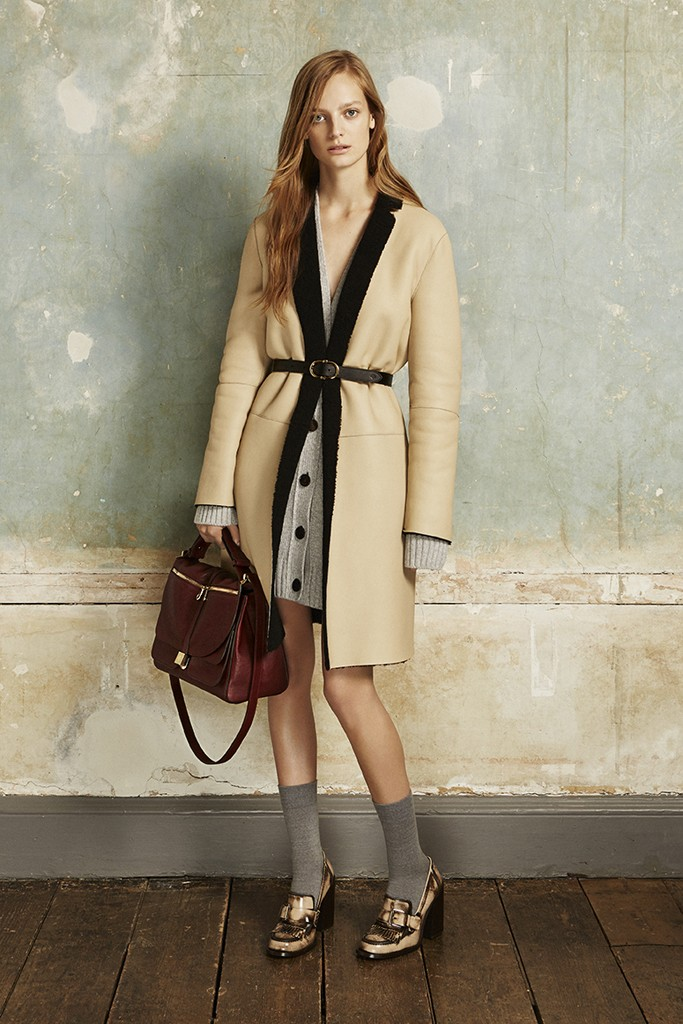 wwd :      Mulberry Pre-Fall 2015    Mulberry's   design   team — newly named creative director Johnny Coca doesn't join the label until July — delved into its British roots for pre-fall.