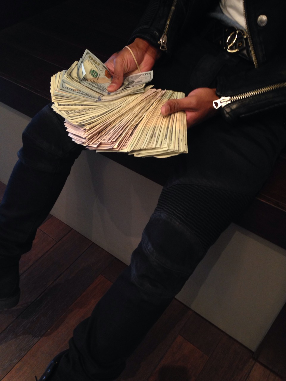 golddiggerr :        $$$$