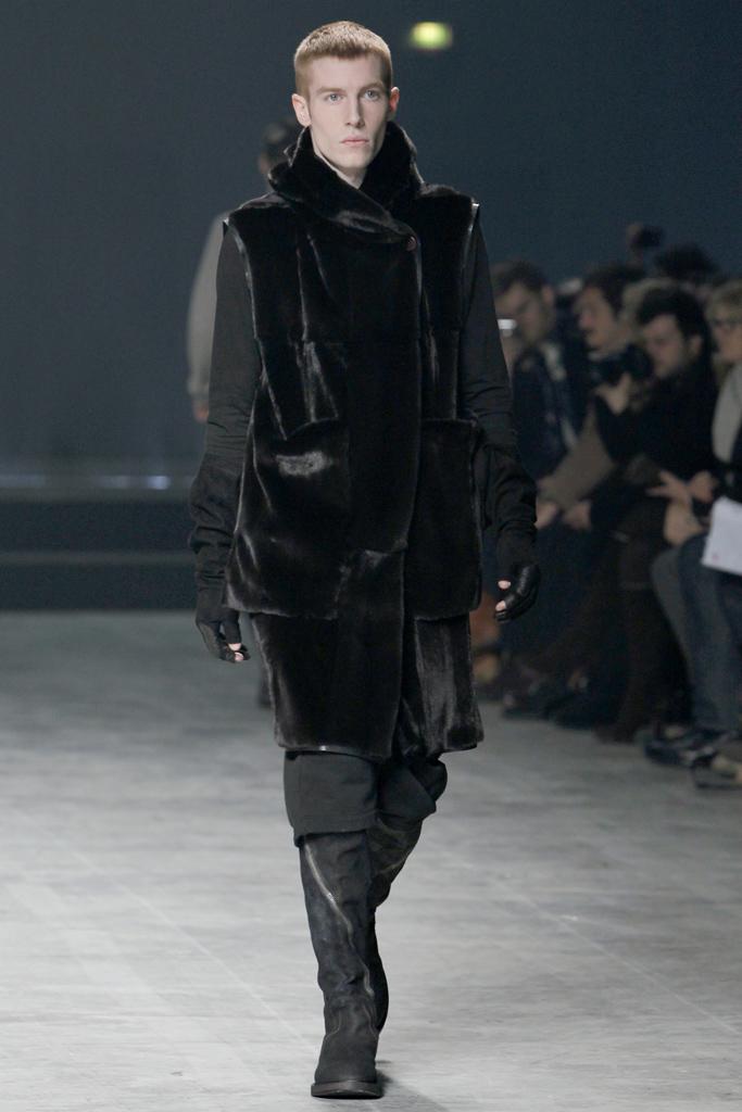 raf-minions :     Rick Owens Autumn 2011 Menswear