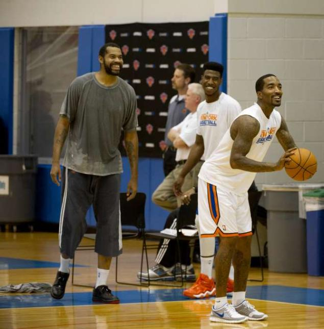 nbaoffseason: YOU GUYS THIS IS A GLIMPSE OF THE 2012 NEW YORK KNICKS AND IT IS GLORIOUS.