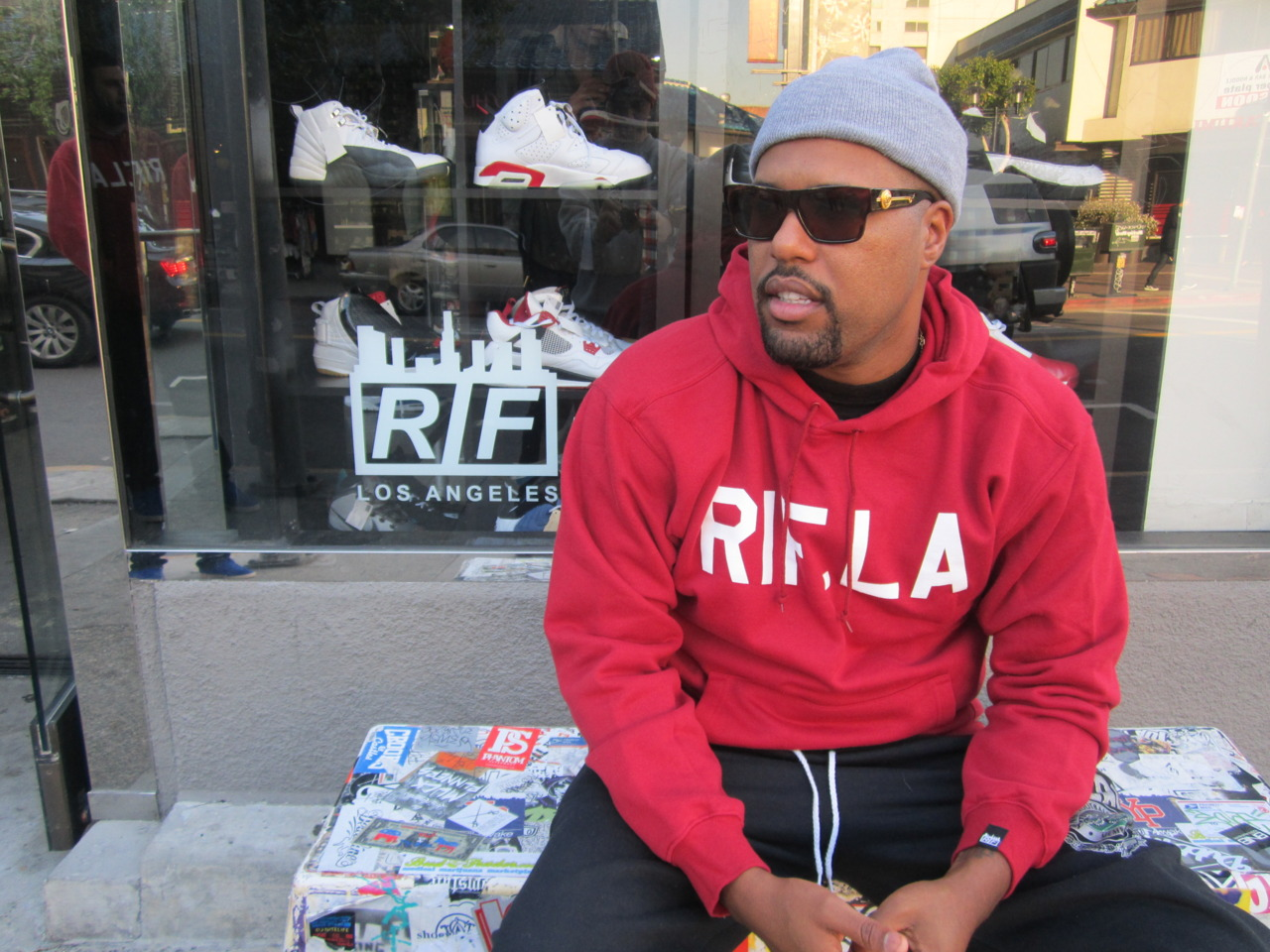 334a :      everyonesenemy :     DOM KENNEDY #PUSHINGWEIGHT NO STREETWEAR     #SUPPORT #RIF