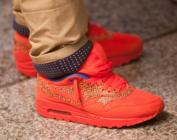 ksupremehoe :      rebels-united :     !!      Niciest Air Maxes ive seen in a while!