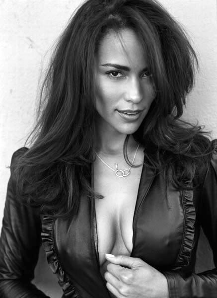 dmjr81: Paula Patton being her sexy self.  She is to beautiful to be real! Robin Thicke Has Won For Life.