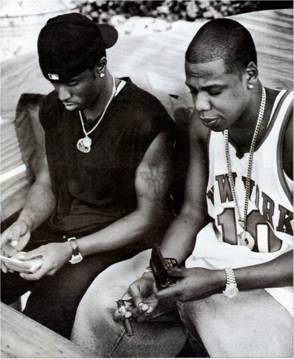 deadthehype :     2-Way Pagers, damn I'm old lol.     JIGGA AND DIDDY! CLASSIC THIS IS PROBABLY BLUEPRINT ERA HOV(JUST A GUESS)   APPRECIATE AND SPREAD WORD…