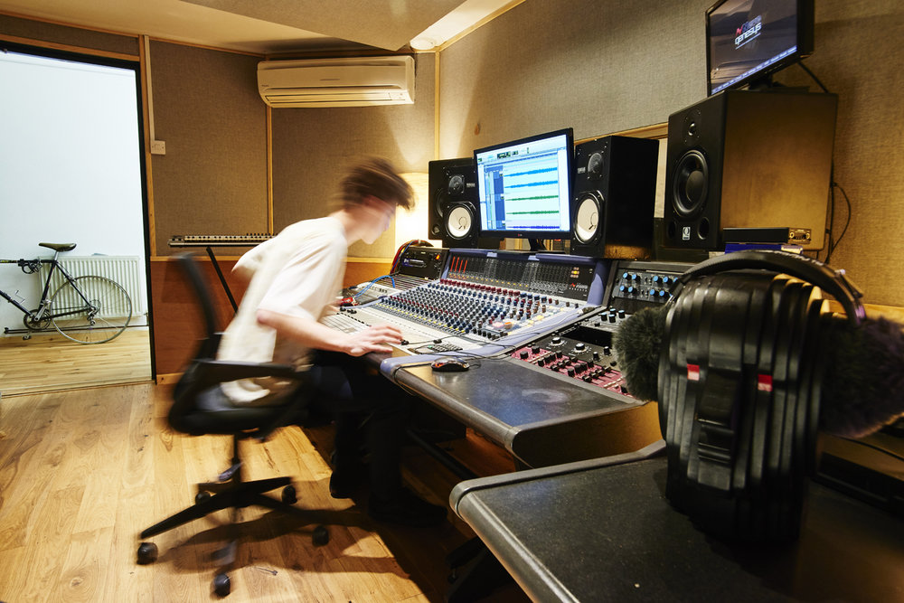 Plymouth - Neve Genesys Commercial Studio