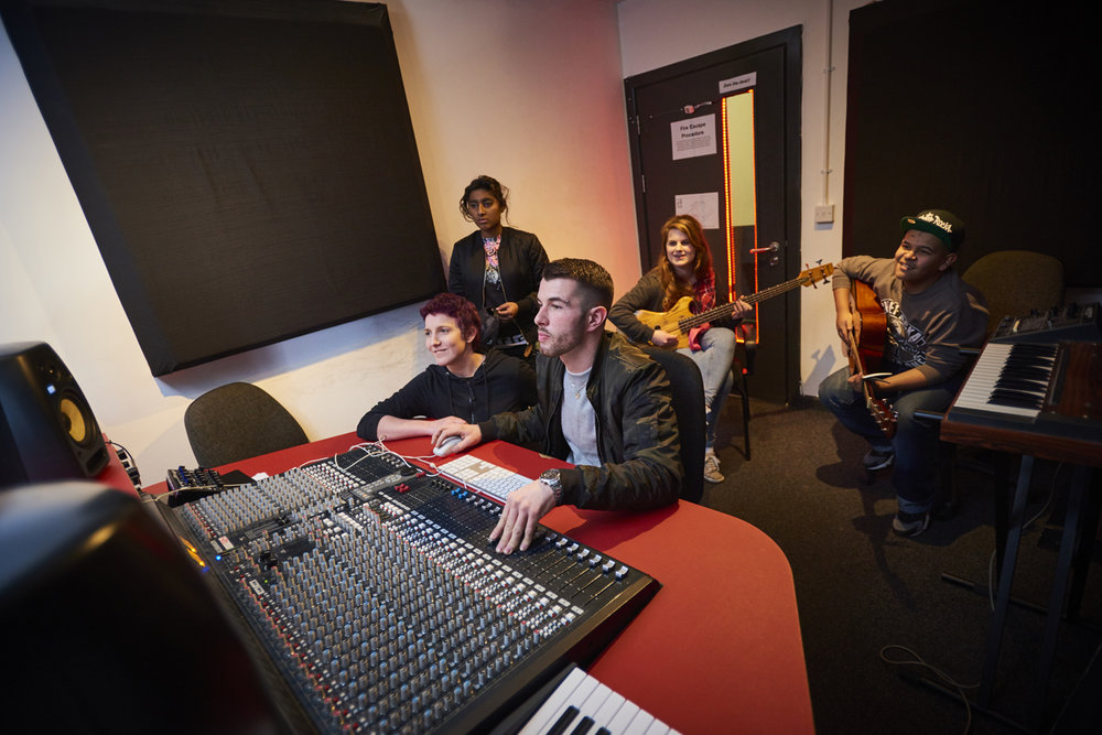 Music Production Diploma Course Beginners Bristol Cornwall Plymouth