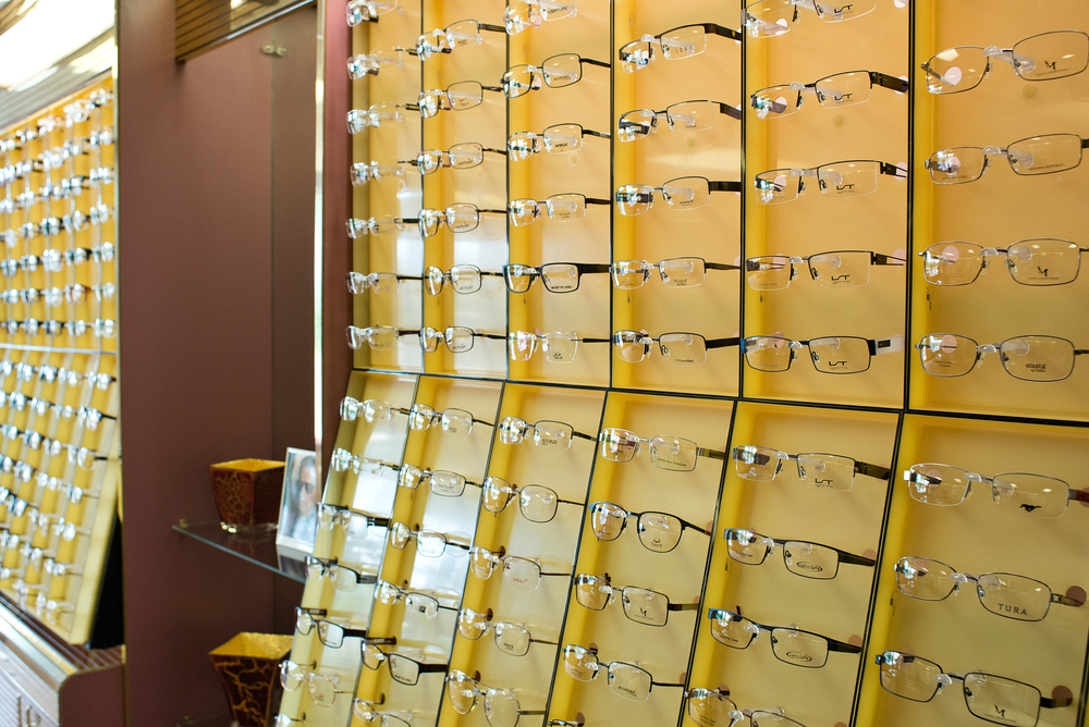 laundre-opticians.jpg