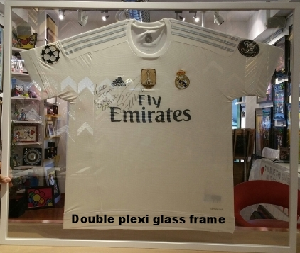 Jersey double plexi glass frame .jpg