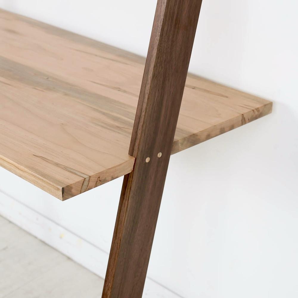Enkle_Leaning Desk_04.jpg