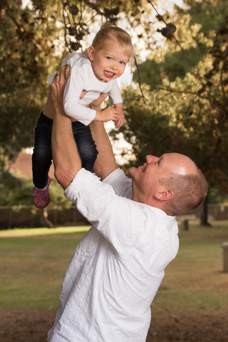 2015_December_05-Bolton_Family_Shoot-13057.jpg