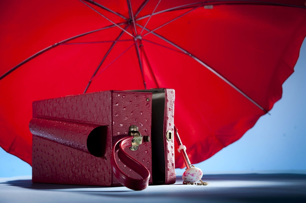 "<alt=""Jusphotography commcerical Photography Red Umbrella purse set"" >"