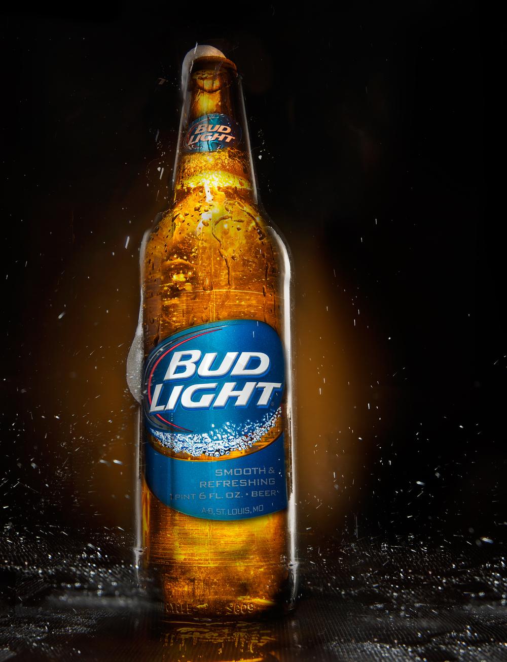 Budlight Bottle Advertisment commerical