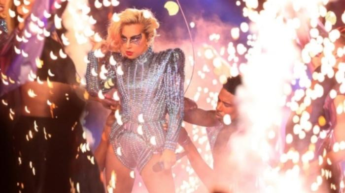 Lady Gaga super bowl pyrotechnics