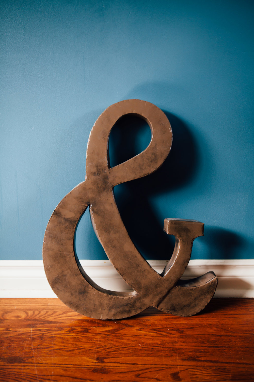 & Symbol