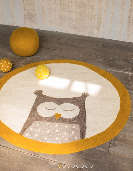Kids atmosphere -  Fullfill your inner child... Discover our joyful, poetic felt creations, and unexpected or more famous decorative accessories, for little ones and older children alike… A range of objects that you won't find anywhere else, to make life feel more light-hearted.