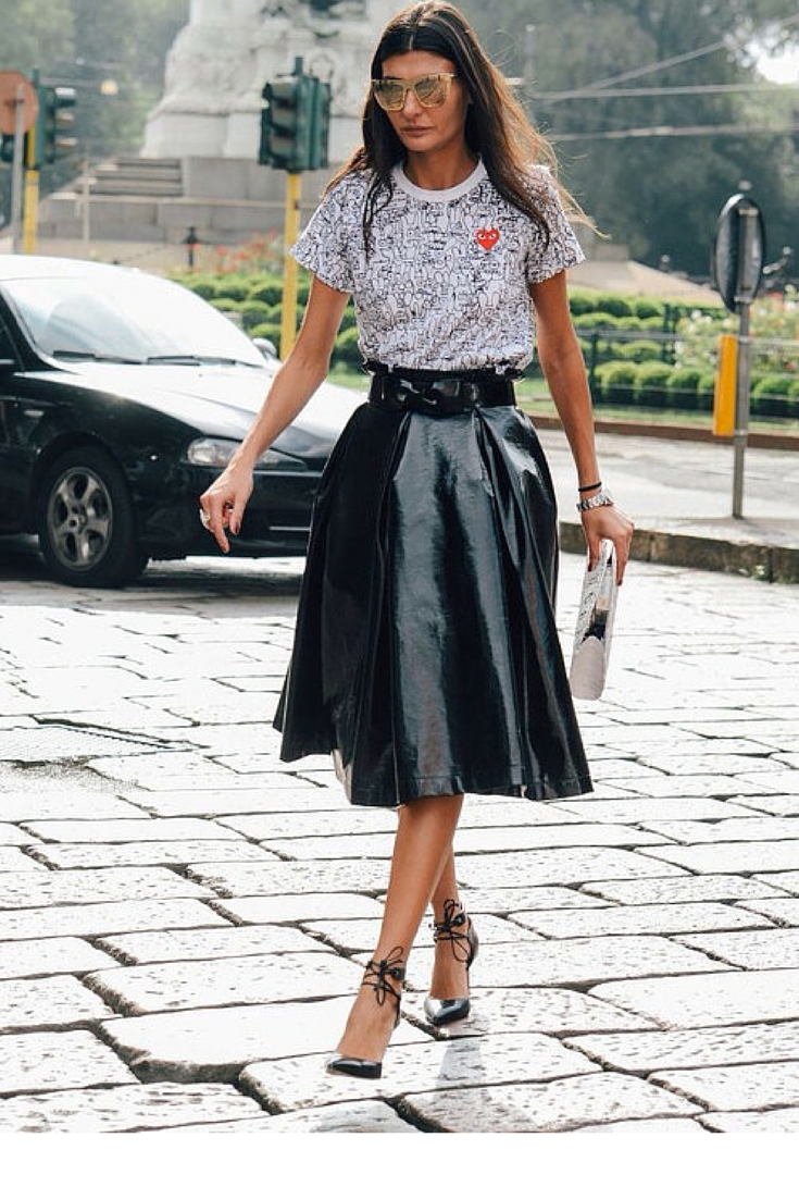 sneakers and pearls, street style, team up your skirts with playful tees and heels to give them a twist, Giovanna Bataglia, trending now,lovely--delight.png