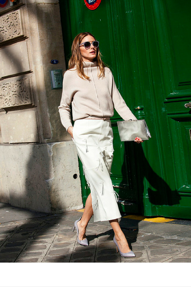 sneakers and pearls, street style, white pants with an off white knit, Olivia Palermo, trending now, ellewatmough.png