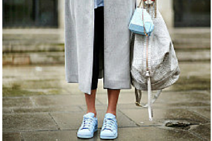 sneakers and pearls, streetstyle, cool sneakers, white bag, masculine chic, trending now, born to be wild.png