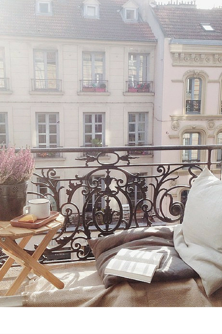 sneakers and pearls, modern spaces, Paris, balcony, Spring, trending now, tranquility, miss zeit.png