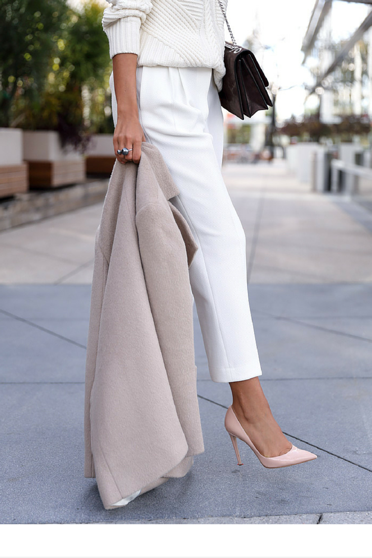 sneakers and pearls, street style, pair a total white look woth soft pink and beige hues , trending now, misszeit.png