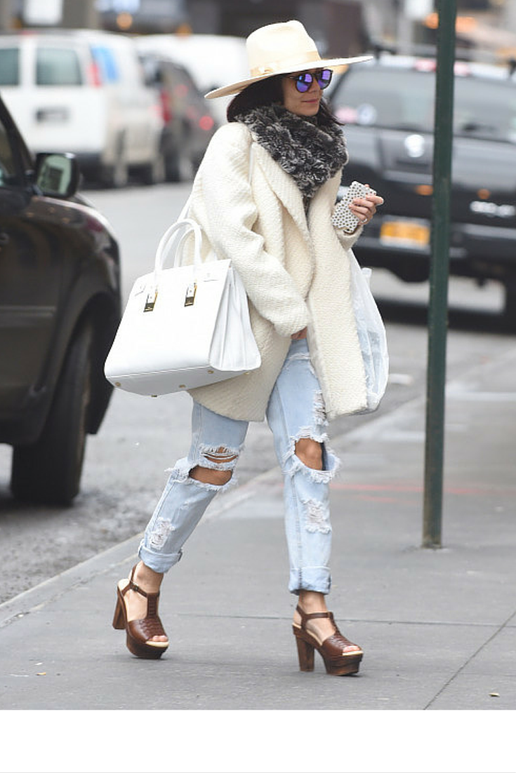sneakers and pearls, streetstyle, off white coat, wide breemed hat, white large handbag, trending now, vickynspiration.png