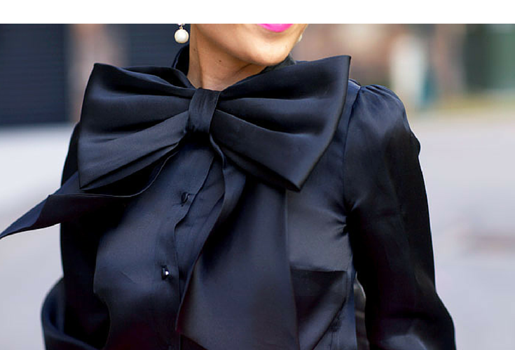 sneakers and pearls, black silk shirt, silk bow, streetstyle, hot pink lipstick, trending now, miss zeit.png