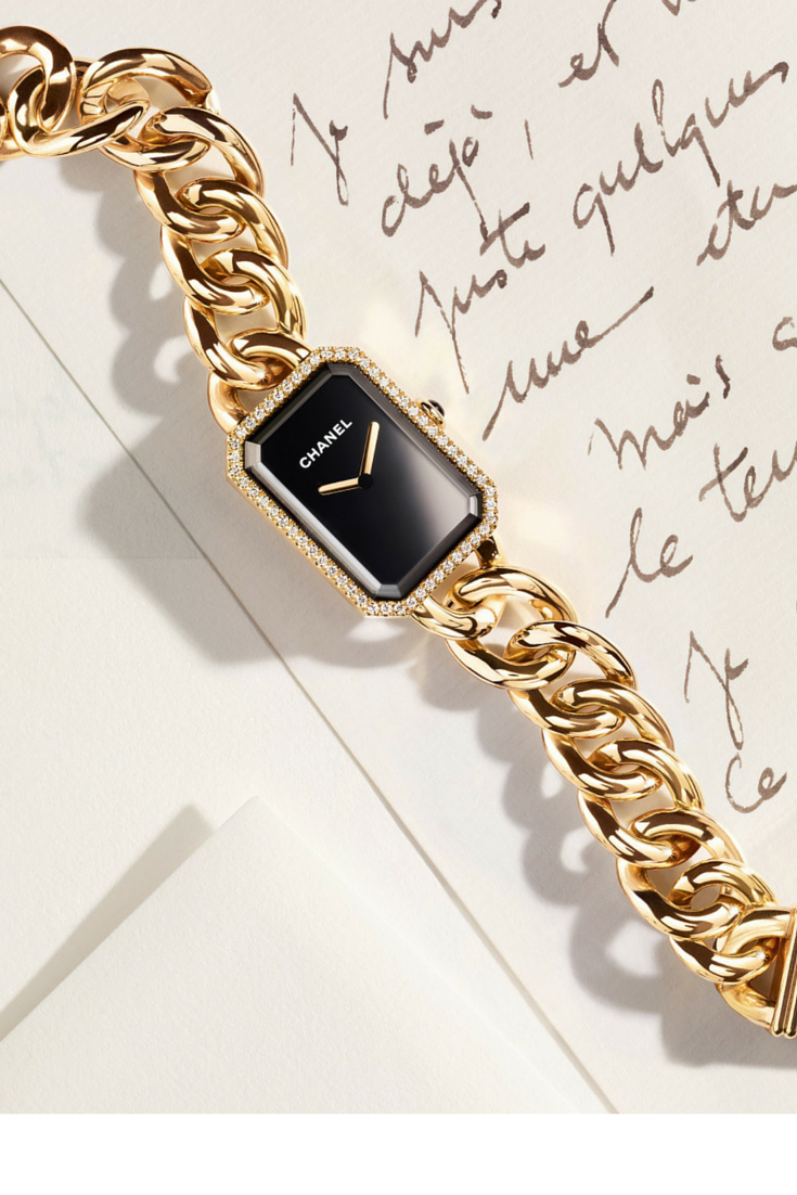 sneakers and pearls, gold Chanel watch, trending now, misszeit.png