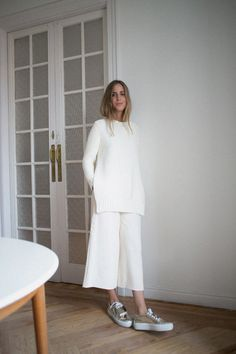 sneakers and pearls,total white look, white culottes, silver sneakers, trending now.jpg