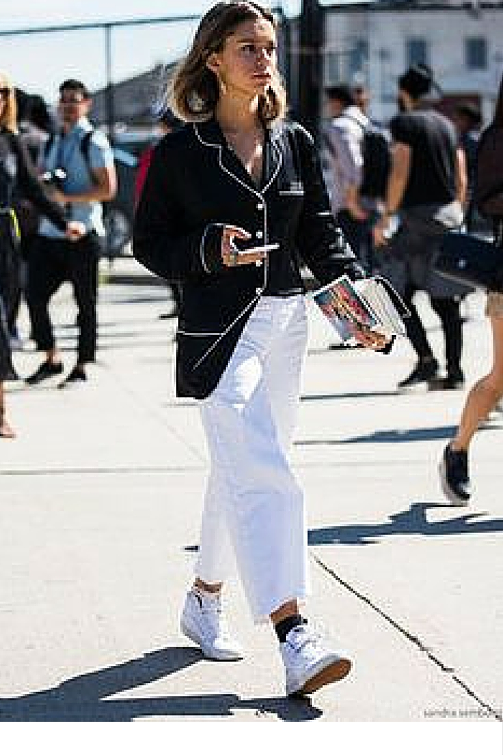 sneakers and pearls, street style, wear a pijama top over white pants and sneakers, trending now,lacooletchic.jpg