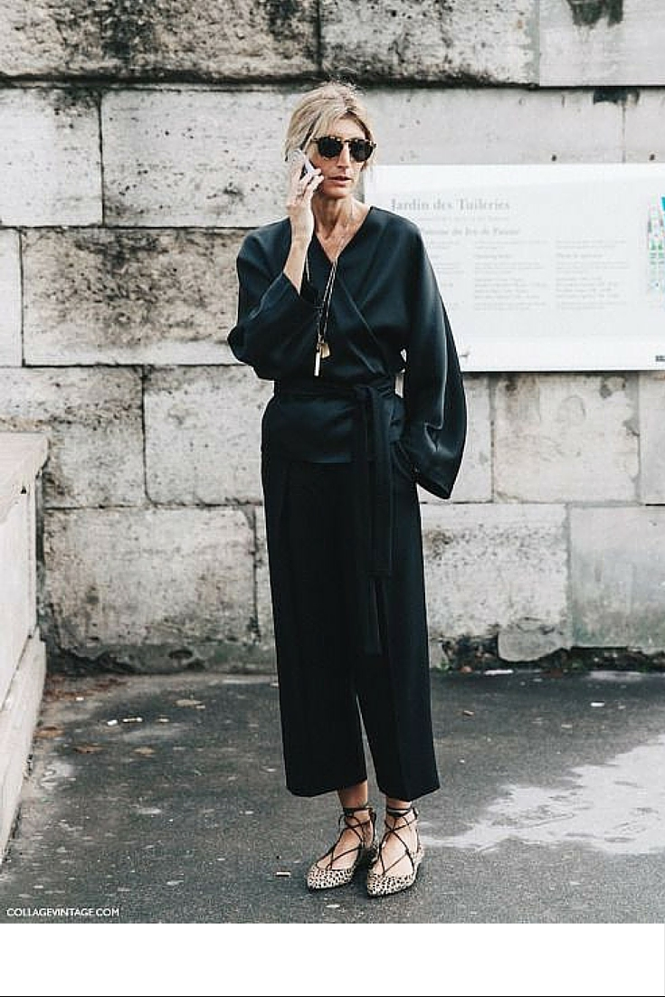 sneakers and pearls, street style, total black ensemble, trending now, uh-la-la-land.jpg